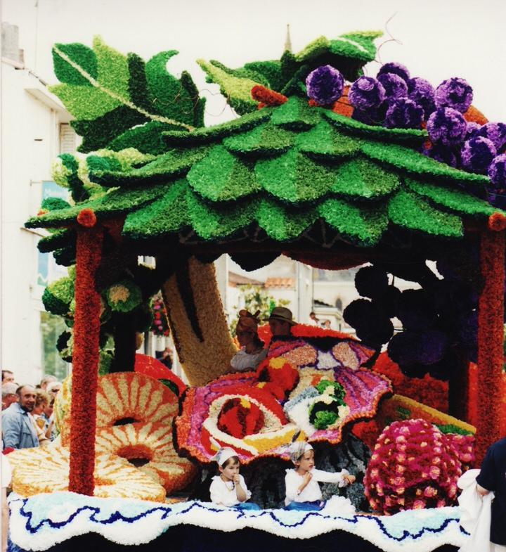 photo-fete-des-fleures-saint-macaire-2000-10