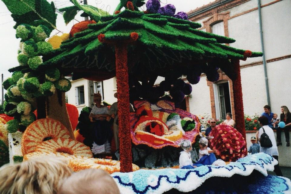 photo-fete-des-fleures-saint-macaire-2000-2